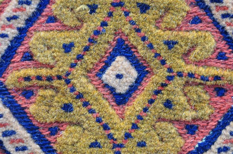 Here we see two examples of rug making: Embroidery (Soumak), Knotting (Pile Rug)